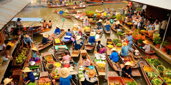 El gran mercado flotante